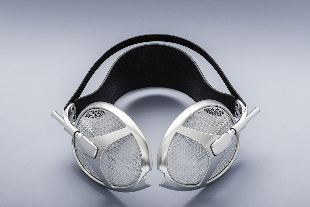 Meze Empyrean Headphone Story & Photo Preview