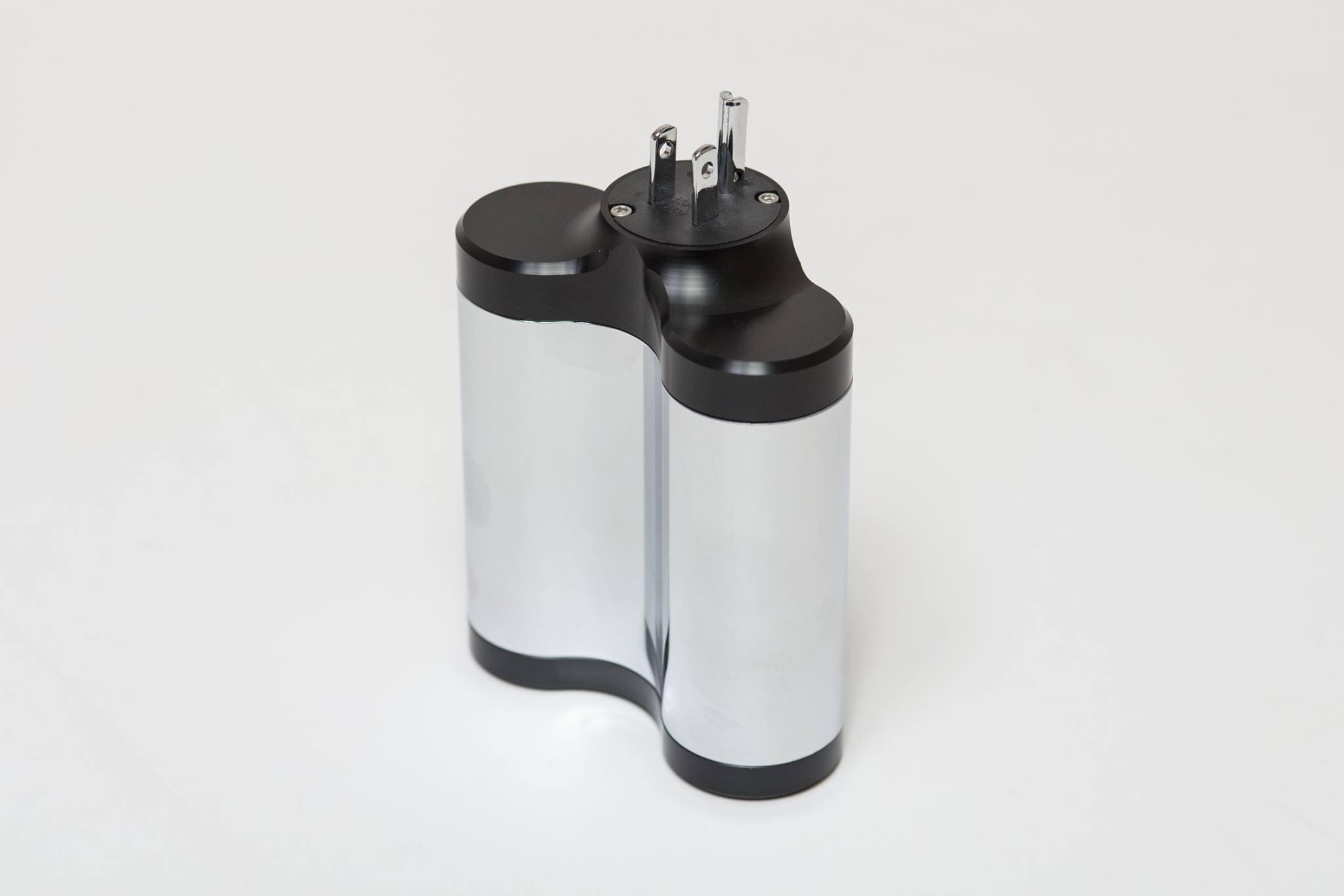 High Fidelity Cables MC-1 Pro vs. MC-0.5 Power Conditioners
